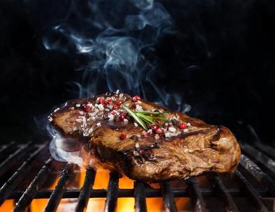 Das passiert, wenn Sie Ihr Steak grillen